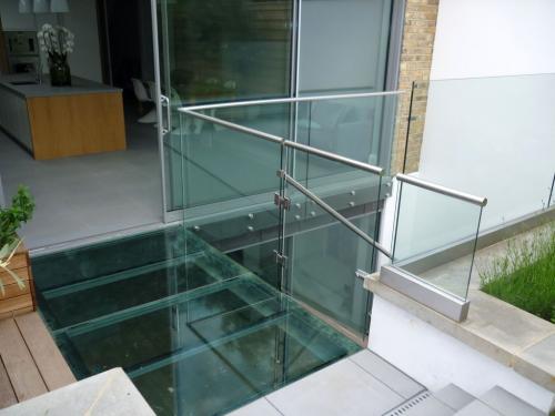 Chelsea glass bridge 0001