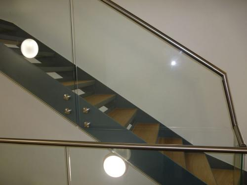 Steel Staircase - Glass Balustrade | Kennington