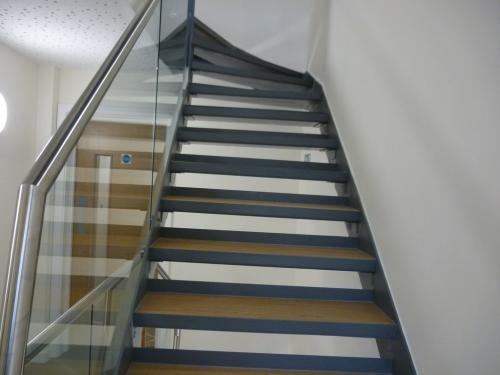 Steel Staircase - Glass Balustrade | Kennington