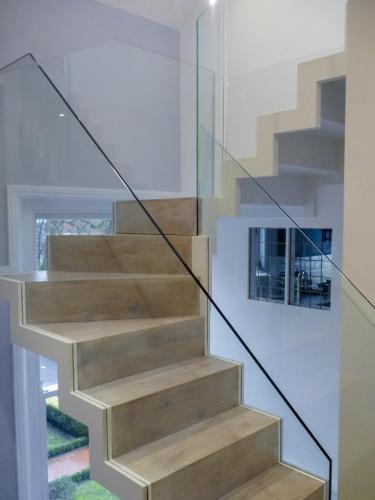 Zig Zag Staircase - Kensington