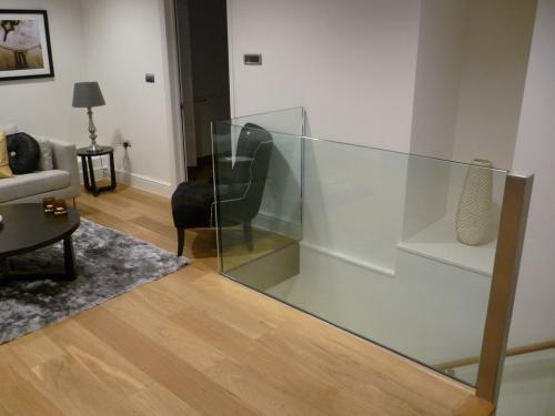 Glass Staircase - Knightsbridge