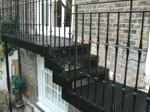 Cast Iron Balcony | Little Boltons