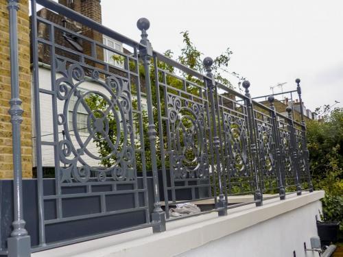 Balustrade - West Hampstead